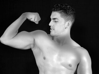 Camshow naked naked DominicMuscle